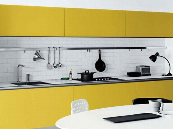 white-yellow-kitchen-03