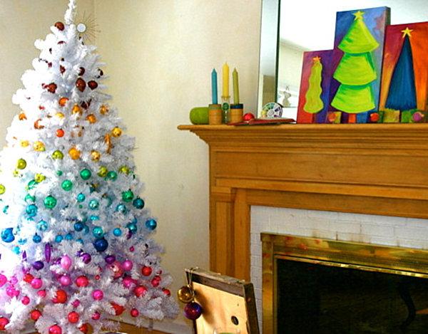 chromatic christmas decorations - Neutral Christmas Decor